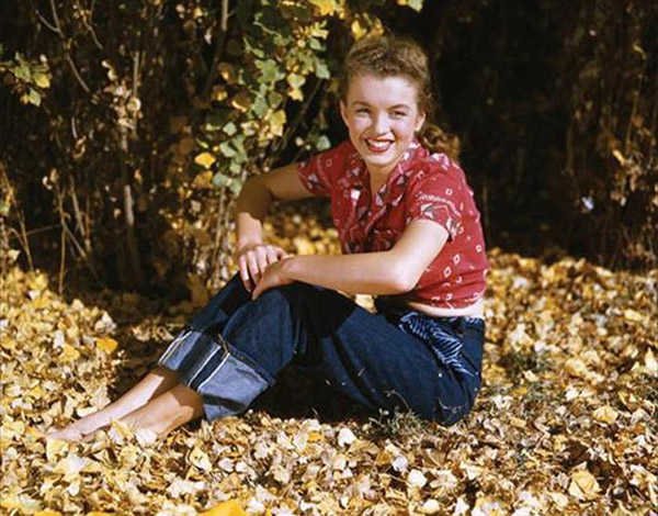Marilyn Monroe Denim Outdoors Woods fashion inspiration