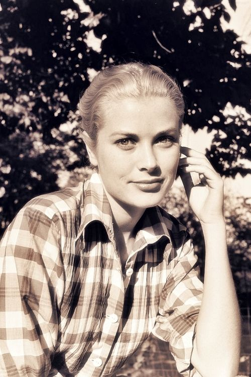 Grace Kelly Plaid Outdoors Woods Camping Fashion Inspiration