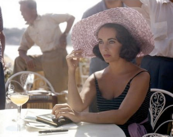 Elizabeth Taylor Cocktail