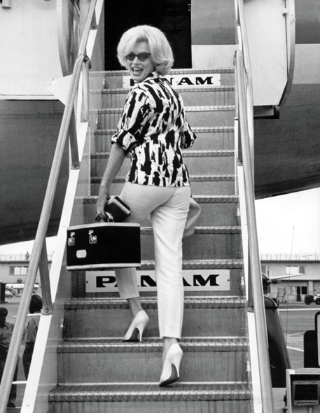 Marilyn Monroe Train case airplane panam