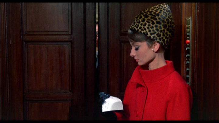 Audrey Hepburn Charade Red ans Leopard print