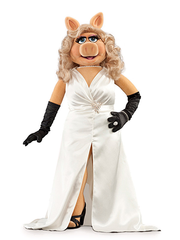 MissPiggy-WhiteDress