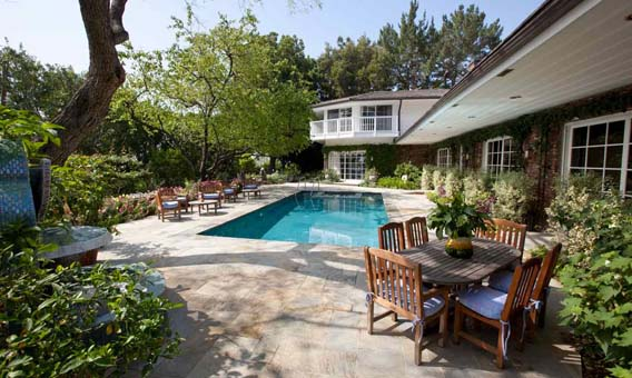 Elizabeth Taylor Home Pool