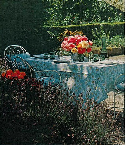 Vogue Audrey Hepburn Outdoor Backyard
