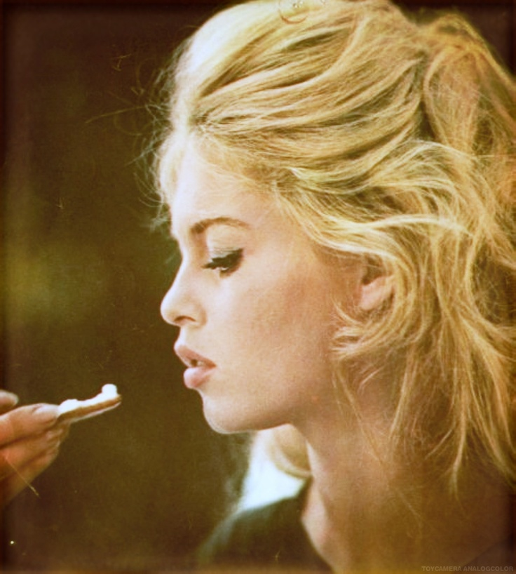 Brigitte Bardot eating