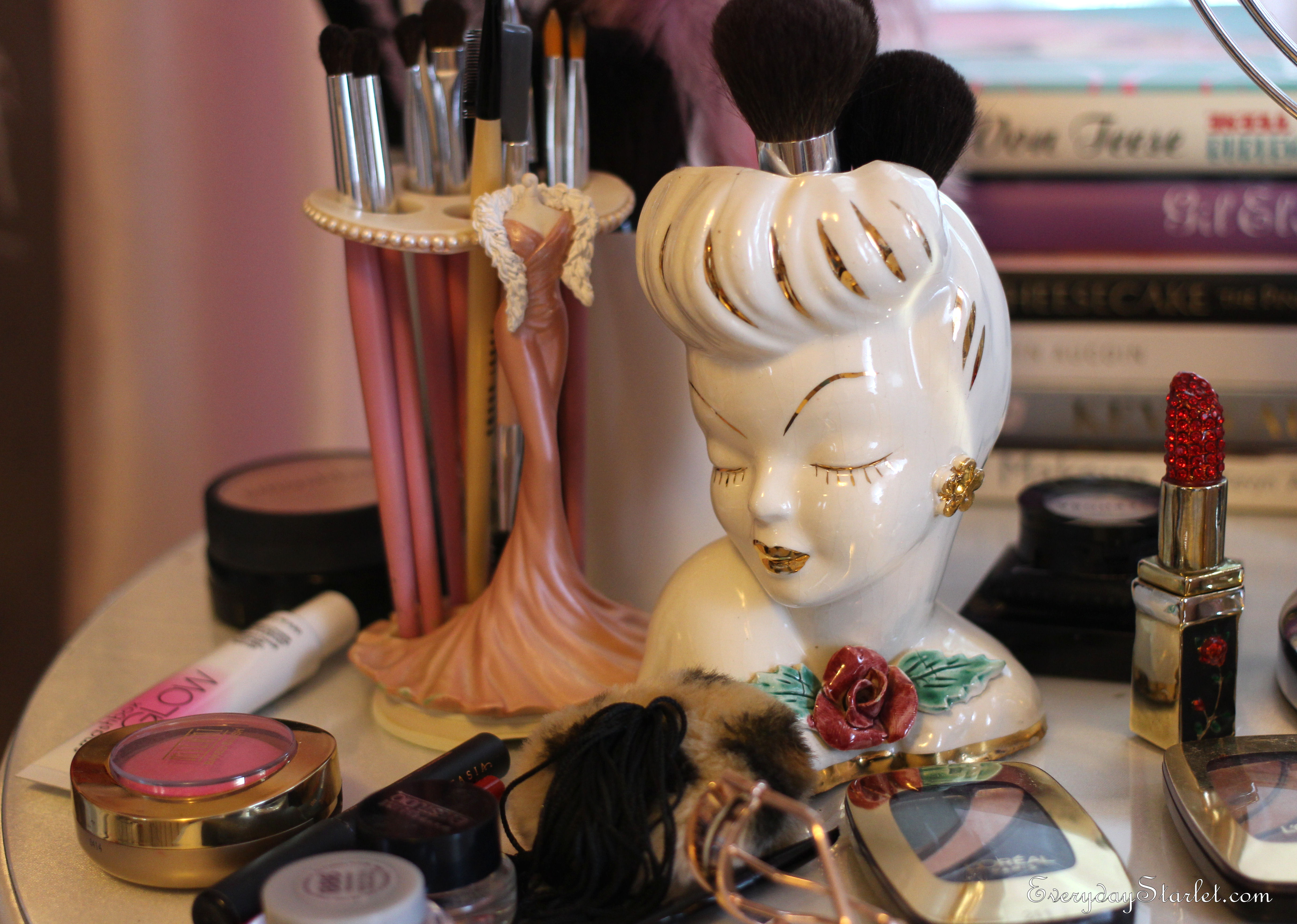 Glamorous diy makeup station aka battlestation the vintage rhinestone lipstick also seen here is an etsy find as are the vintage 1940s head vases that i recently acquired and am now obsessed with reviewsmspy