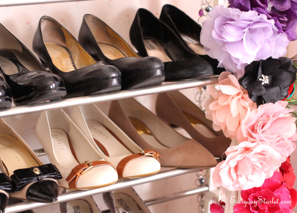 closet organizing shoes