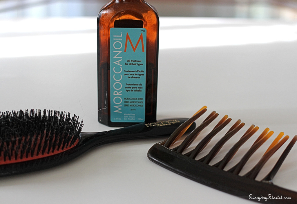 Hair care Moroccan Oil, Mason Pearson brush