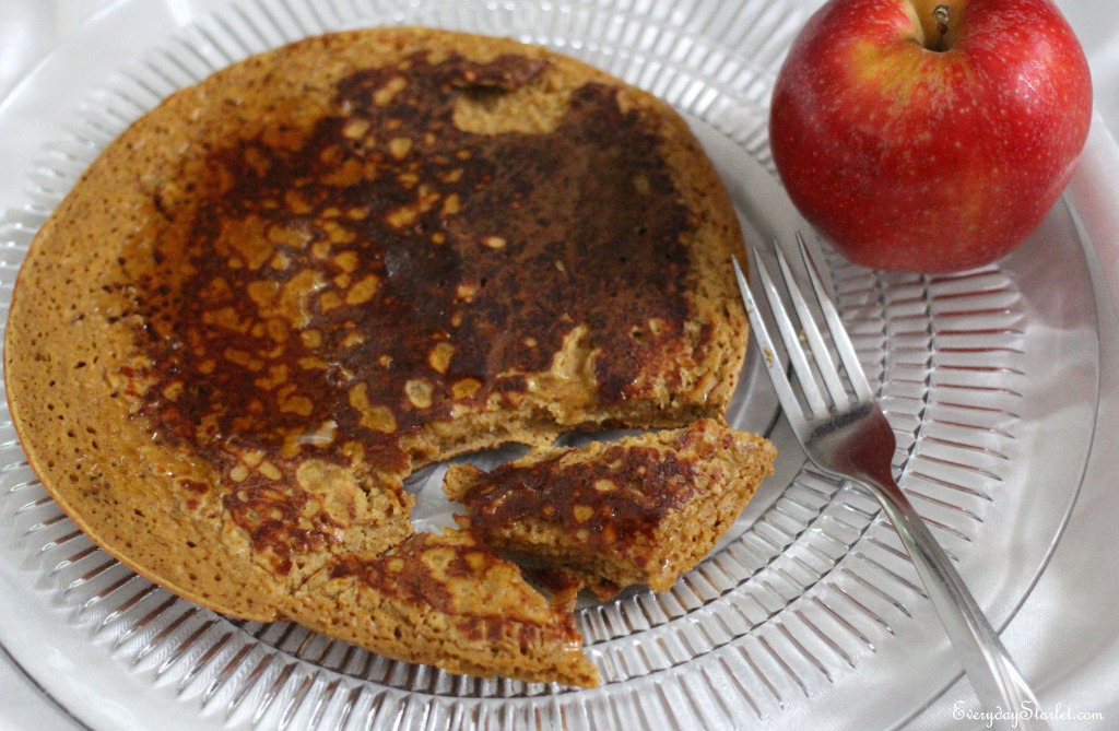 pumpkin protein pancakes Fall breakfast snack