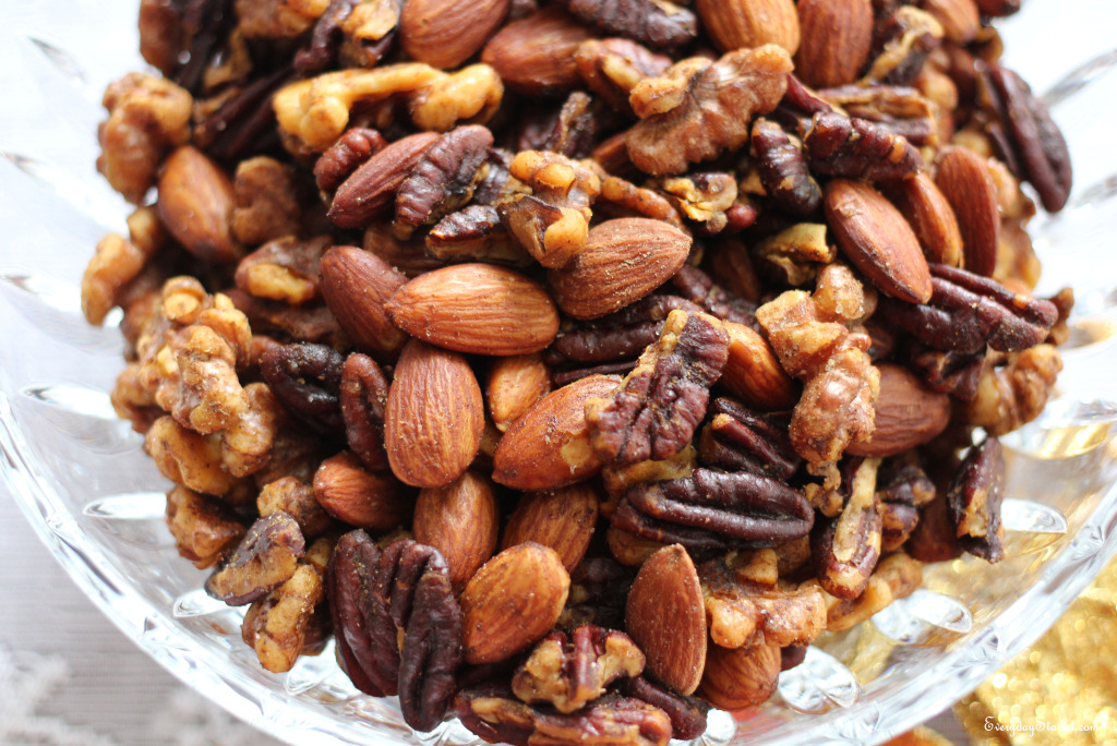 Easy Spiced Nuts mix of almonds, pecans, walnuts