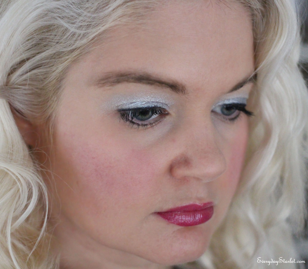 Carrie Brashshaw inspired silver eyeshadow makeup look