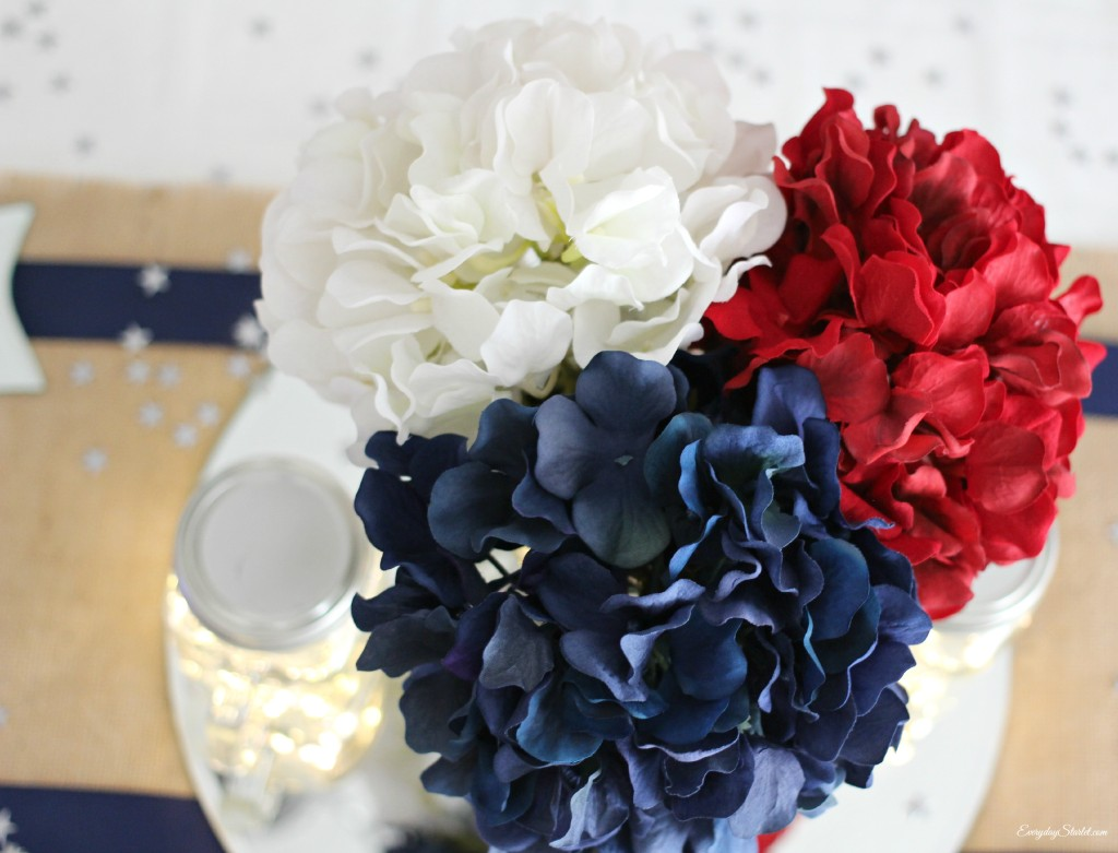 DIY Rustic Glamour 4th of July Tabelscape, Michaels Hydrangeas