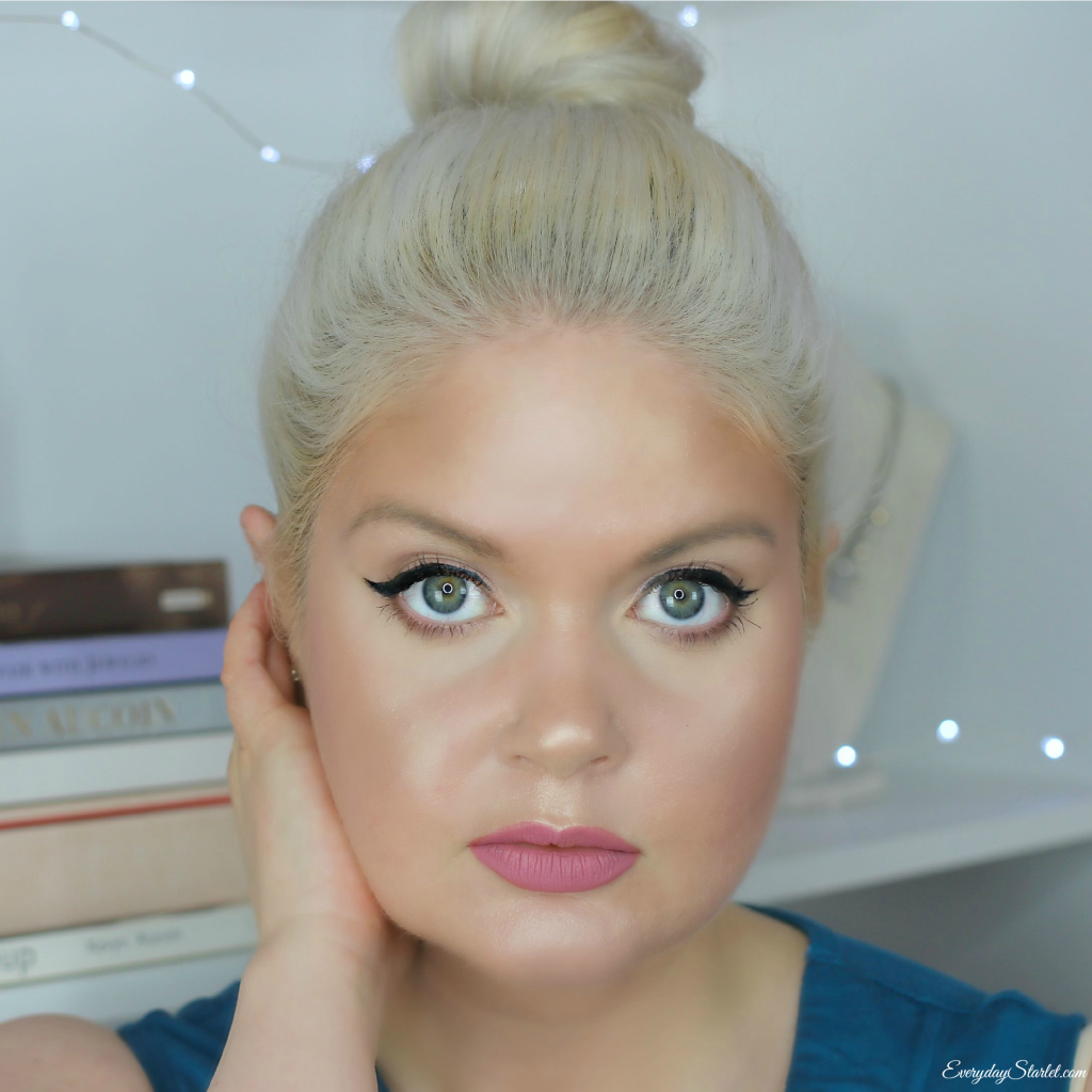 All About That Face: Glowing Skin w/ Strobing & Contouring
