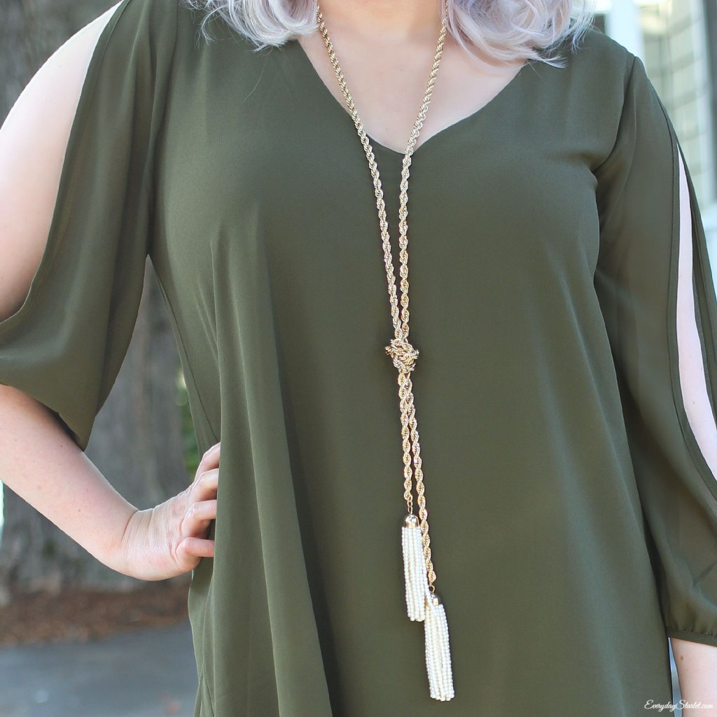 Green dress necklace