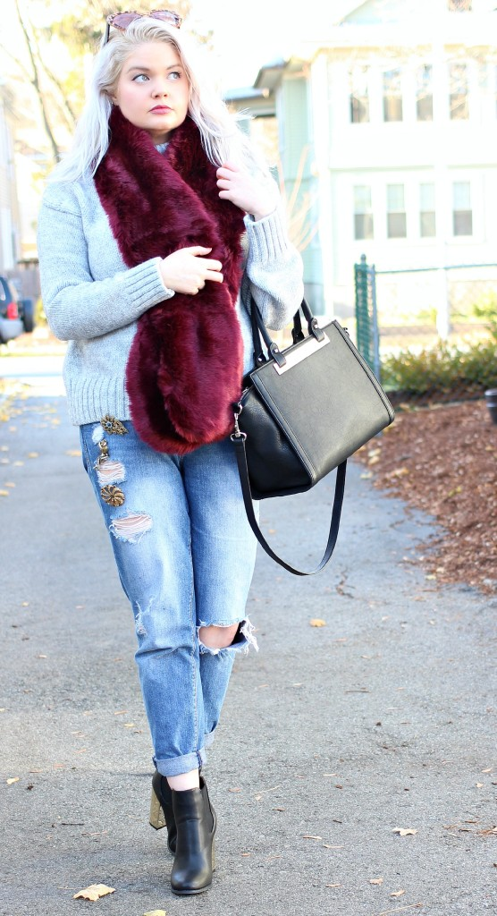 DIY Embellished Boyfriend Jeans... the Easiest DIY Ever! - EverydayStarlet.com @SarahBlodgett